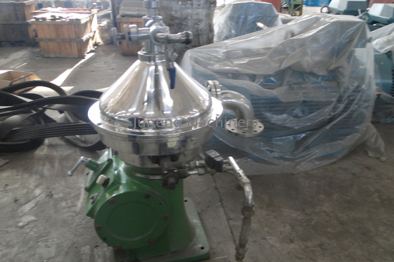 China New Cream Separator for Milk and Whey Skimming 1000-10000L/h distributor